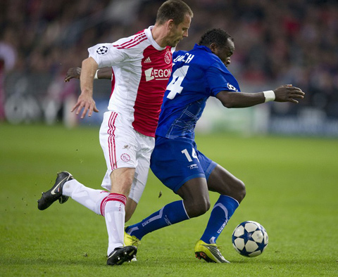 Ajax Auxerre Andre Ooijer Dennis Oliech